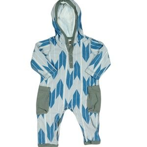 Tea Collection Printed Hooded Romper Sz 3-6 Months
